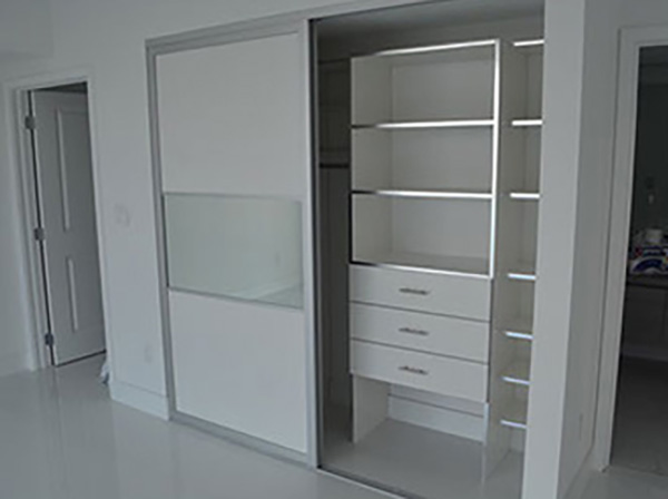White Melamine + Aluminium Sides + Cabinets